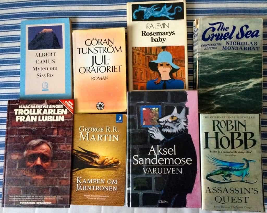 Ett antal läsupplevelser som jag gärna vill ha kvar i huset. Böcker som är så bra att jag blir glas av att se dem.